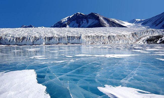 Az összes szerve leállt a magányos brit utazónak az Antarktiszon