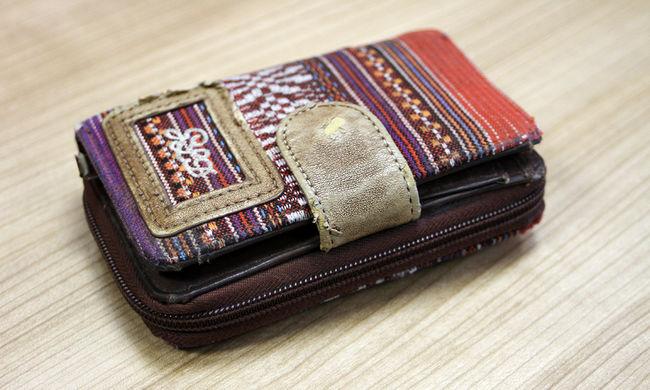 Hihetetlen történet: 15 évvel később találták meg a pénztárcát