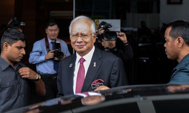 Nem hiszik, hogy ajándékba kapta a 681 millió dollárt a maláj miniszterelnök