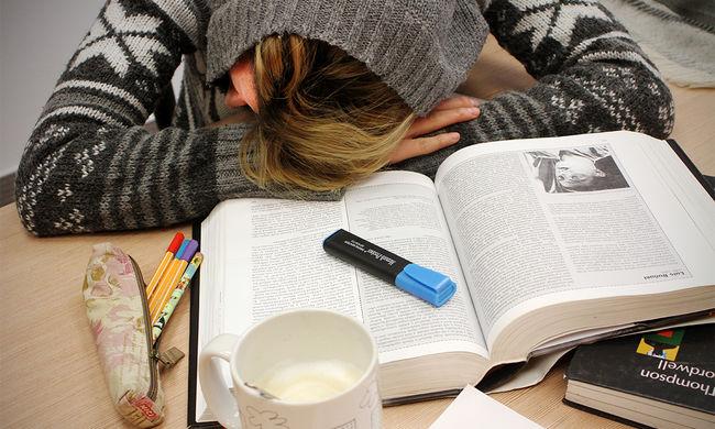 Egyre több gyereknél jelentkezik a krónikus kimerültség
