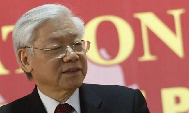 Vietnamban marad a kommunizmus