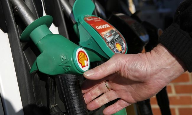 Rosszul járnak, aki benzint tankolnak