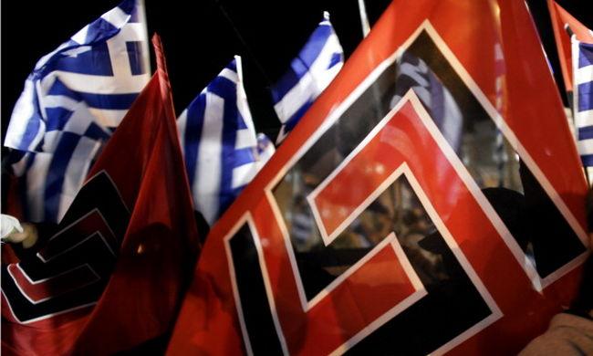 Verekedtek az anarchisták és a neonácik, többen megsérültek