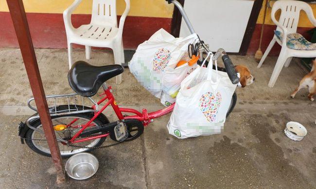 Fellökött egy bicikliző nőt, majd kirabolta