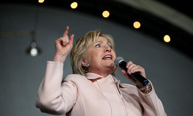 Email-botrány: szigorúan titkos információkat kapott Hillary Clinton a magán email-címére