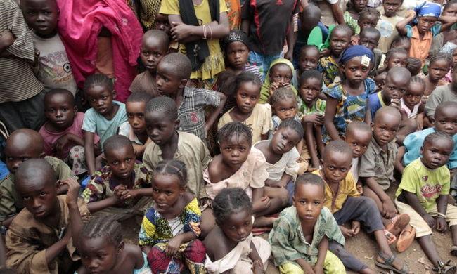 Az EU és az ENSZ katonái is gyerekeket erőszakoltak
