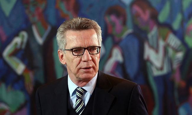 Német belügyminiszter: túlestünk a migránsválság csúcsán