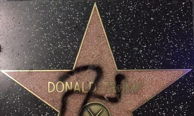 Horogkeresztet rajzoltak Trump hollywoodi csillagára