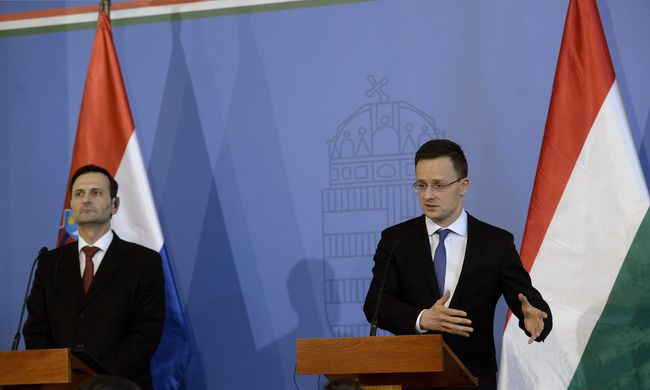 Szijjártó szerint javítani kell a most mélyponton lévő magyar-horvát kapcsolatot