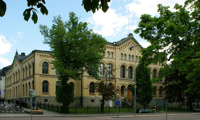Robbanás egy svéd középiskolában