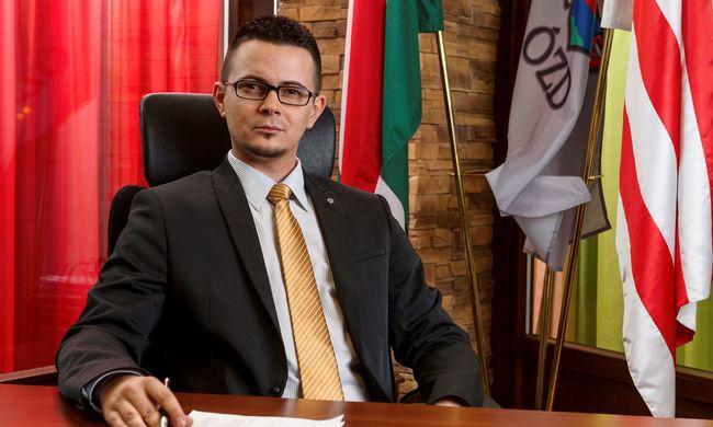 Korrupt politikus Janiczak Dávid ózdi polgármester a Fidesz szerint