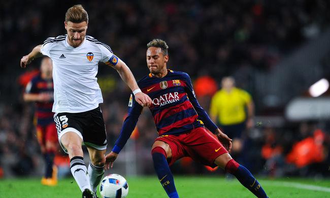 Hetet lőtt a Barcelona a Valenciának, de Neymar továbbra sem tud 11-est rúgni
