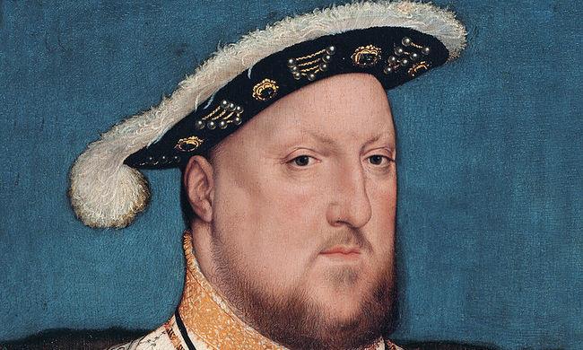 Ütötték a király fejét, ezért dührohamai voltak, és nemzőképtelen is lett