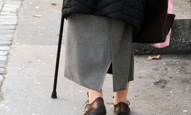 Kevesen tesznek félre a nyugdíjas évekre
