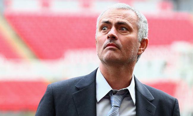 Mourinho a Manchester Uniteddel tárgyal