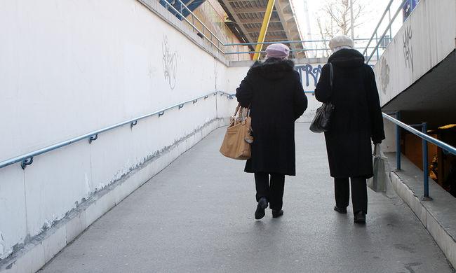 Most már biztos: ennyivel emelkednek jövőre a nyugdíjak
