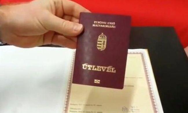 Hamis magyar útlevéllel csempészték a migránsokat