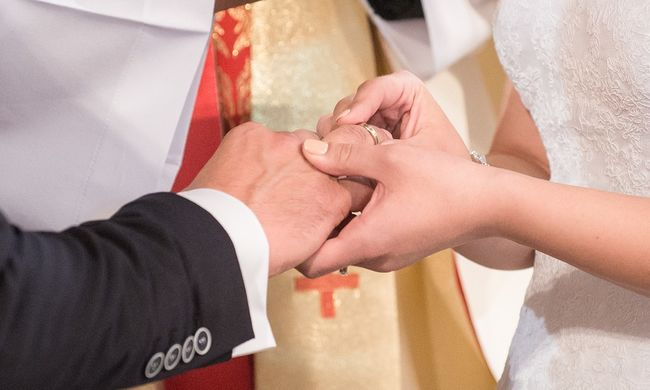 150 ezer forintot kaptak a lányok, ha férjhez mentek szerb férfiakhoz