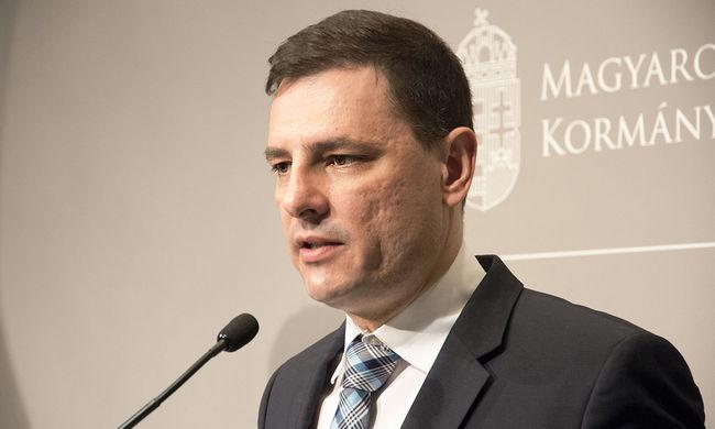 Tuzson Bence: terrorveszélyhelyzetben nincs idő politikai vitára