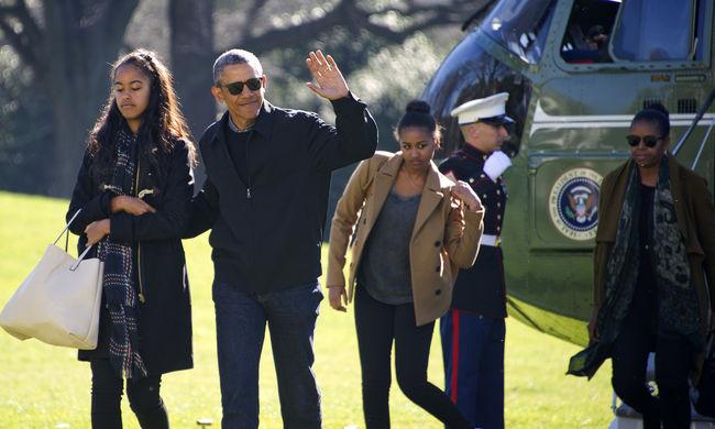 Obama lányai gyakran kiborulnak az internet miatt