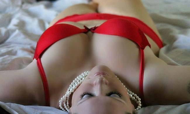 Minden harmadik nőnek van orgazmusa alvás közben