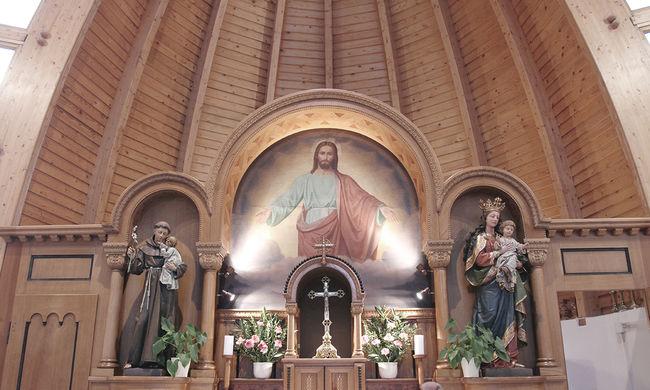 Úrnapját ünnepli a katolikus egyház