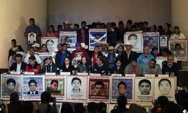 Nem mond igazat a kormány az elrabolt diákok ügyében