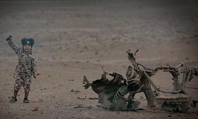 Embereket robbant fel a 4 éves kisfiú az Iszlám Állam legújabb horrorvideójában