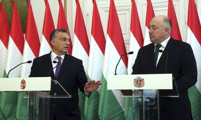 Orbán Viktor: A kvóták még mindig fenyegetik az embereket, nő a migrációs nyomás