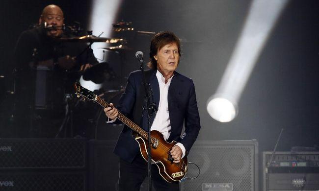Szerelmes hangulatjelekhez írt kísérőzenét Paul McCartney