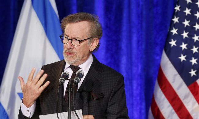 Steven Spielberg a Harvard végzőseihez: le kell győznötök a rasszizmust és a gyűlölködést