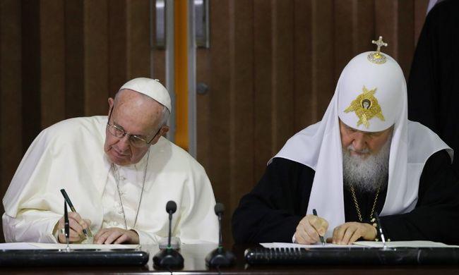 Közös nyilatkozatot írt alá a pápa és a patriárka