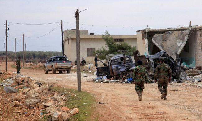 Titkos villámlátogatást tett az amerikai tábornok Szíriában
