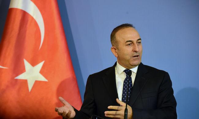 Törökország is harcolna az Iszlám Állam ellen