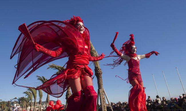 Furcsa jelmezek, megnyílt a nizzai karnevál - fotógaléria!