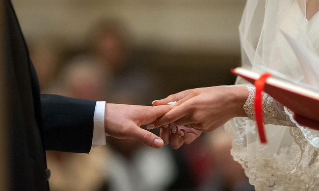 Bizarr új idők: szexrobotokkal házasodunk