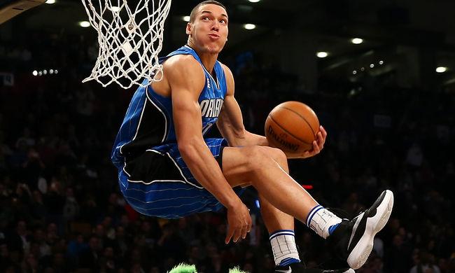 Hihetetlen zsákolások az NBA-gálán - videók