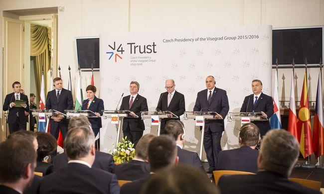 V4-ek: megbukott az unió migránspolitikája