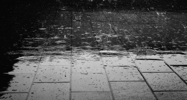 Szeles, esős idő jön