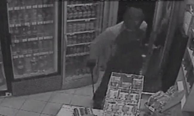Dohánybolti rablót keres a rendőrség - videó