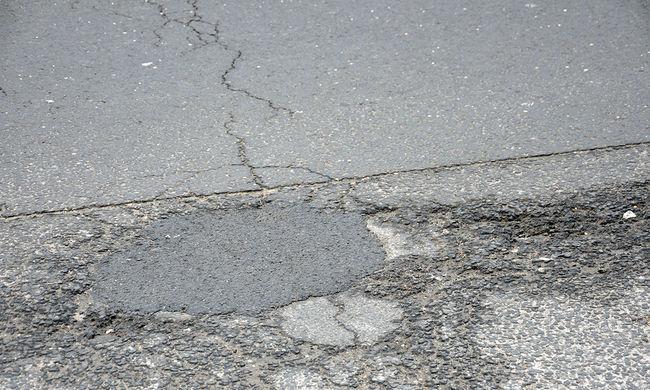 Súlyos baleset Veszprémnél: áll a forgalom, halálos áldozat is van