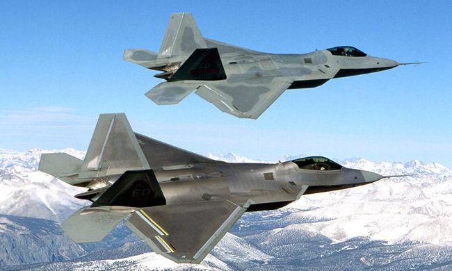 Erődemonstráció: az Egyesült Államok vadászgépeket küldött Dél-Koreába
