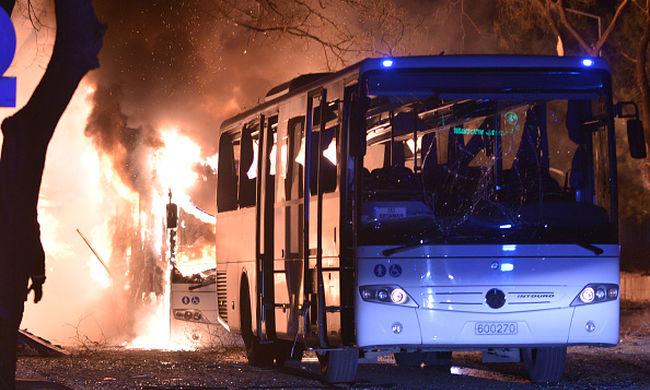 Ankarai terror a parlament közelében: tovább nőtt a halottak száma
