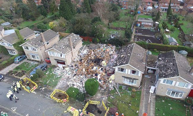 A földdel tette egyenlővé a házat a gázrobbanás, egy ember meghalt