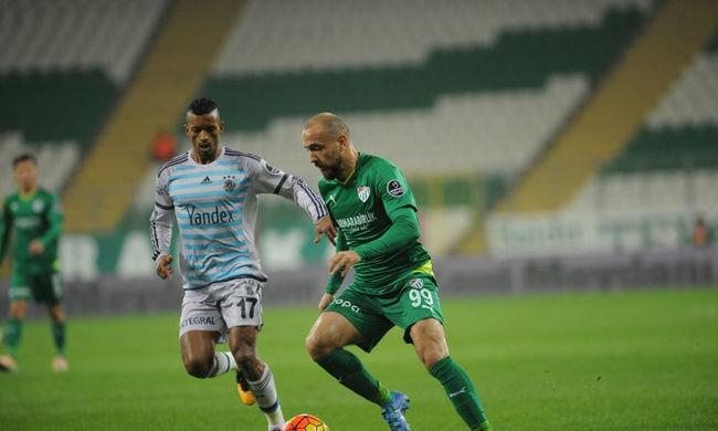 Hiába állt be Dzsudzsák, a Bursaspor vele sem nyert