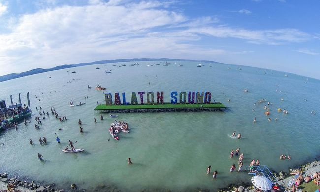 Földrengés volt a Balatonnál, elképesztő ereje van a Balaton Sound közönségének