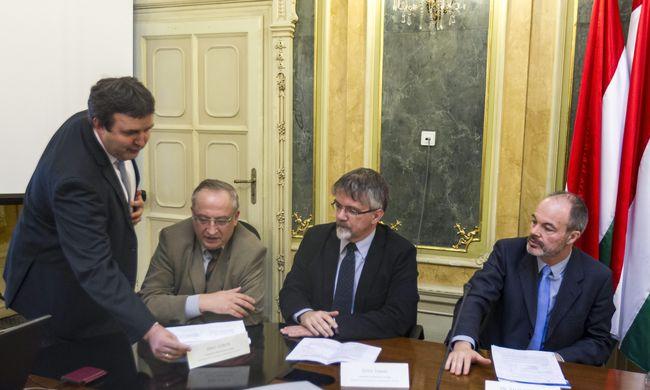 Palkovics: a KLIK forráshiánya egy héten belül megszűnhet