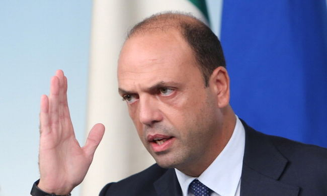 Olaszországban hivatalosan is élettársak lehetnek a melegek