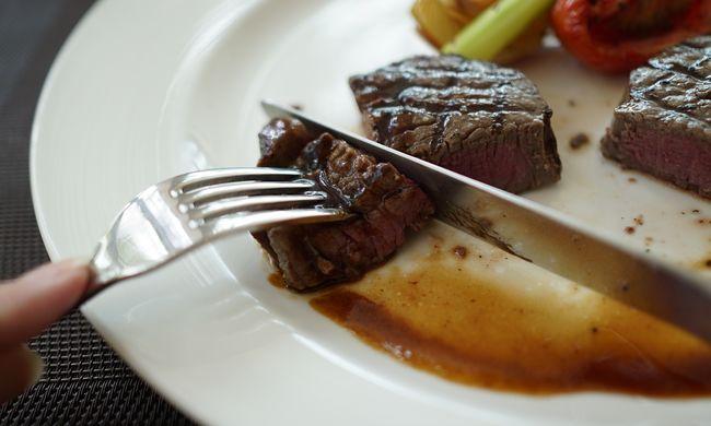 Évente 34 ezer tonna marhahúst dobnak a szemétbe