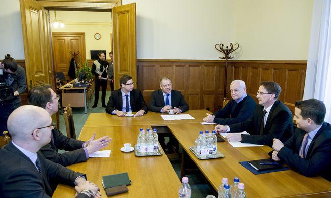 Egyeztetés a kvótákról: az EU nem dönthet Magyarország nélkül
